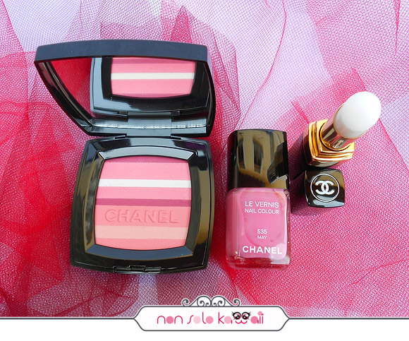 Blush Horizon De Chanel Soft Glow, Le Vernis Nail Colour 535 May, Rouge Coco Baume Hydrating Conditioning Lip Balm, Make-up Harmonie de Printemps by Chanel