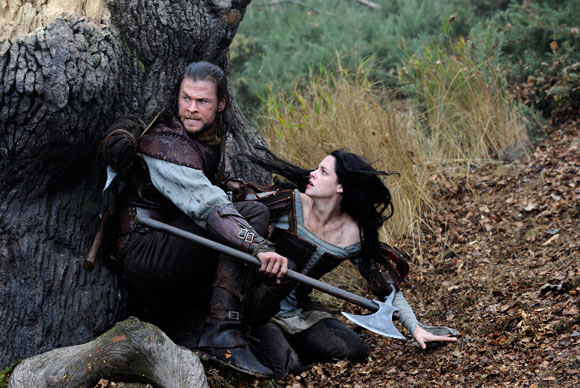 Snow White and the Huntsman, biancaneve e il cacciatore, Chris Hemsworth and Kristen Stewart