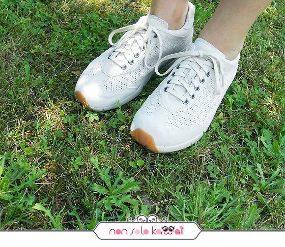 Pata White shoes MBT scarpe fisiologiche con suola curva