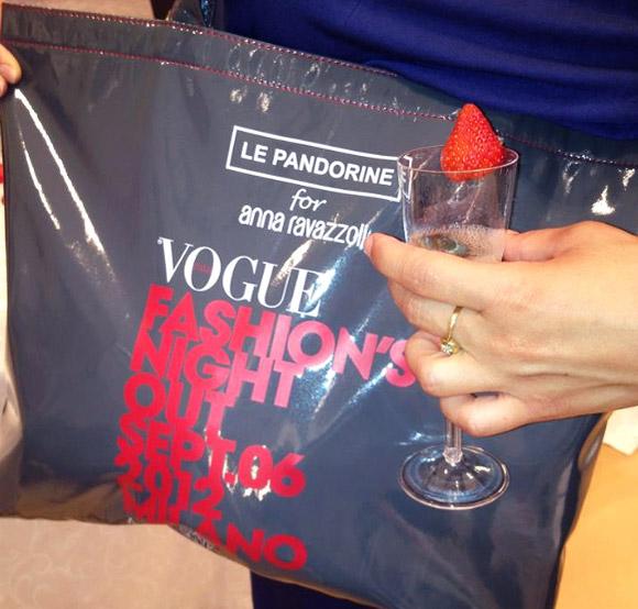 Anna Ravazzoli e Le Pandorine for Vogue Fashion's Night Out VFNO 2012 Milano