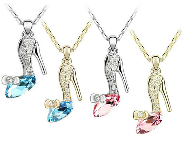 Swarovski Elements - Crystal Cinderella Shoe Pendant Necklace / Pendente Scarpetta di Cristallo