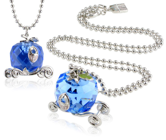 Disney Couture - Cinderella Carriage Necklace  / Collana con la Carrozza di Cenerentola