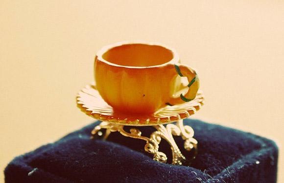 Le Petite Bonbon - Cinderella Pumpkin Carriage Teacup Ring / Anello con Carrozza di Zucca Tazzina di Cenerentola