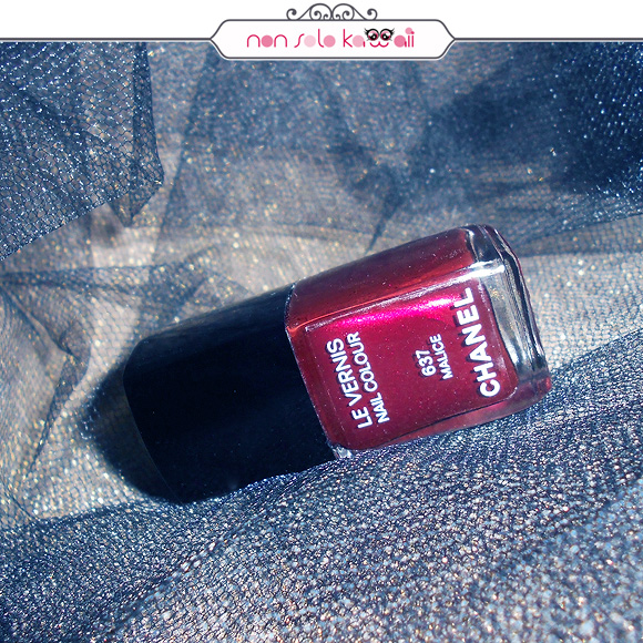 non solo Kawaii - Le Vernis, 637 Malice, Éclats du Soir de CHANEL, 2012 Christmas Makeup Collection