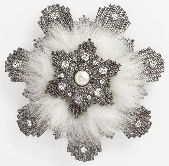 Nordstrom - Givenchy Femme faux fur brooch, spilla cristallo di neve