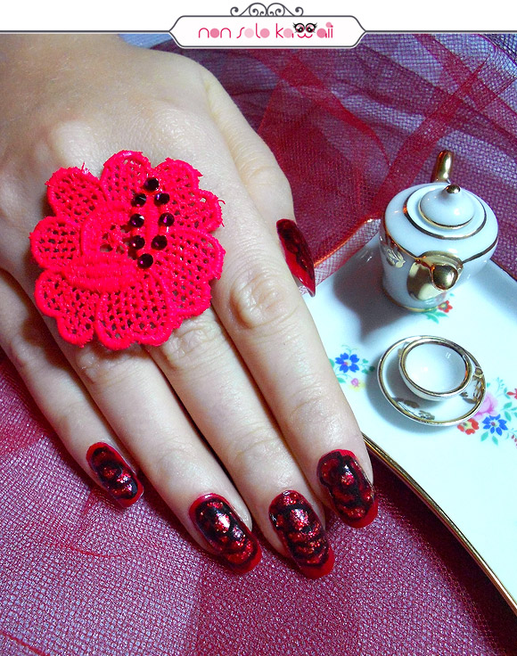 Bella la Bella e la Bestia Nail Art, Belle the Beauty and The Beast Nail Art, Orly Naughty Or Nice