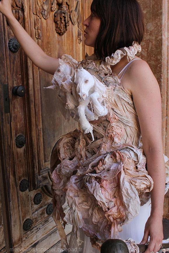 Merveilles en Papier - Paper Horse Dress