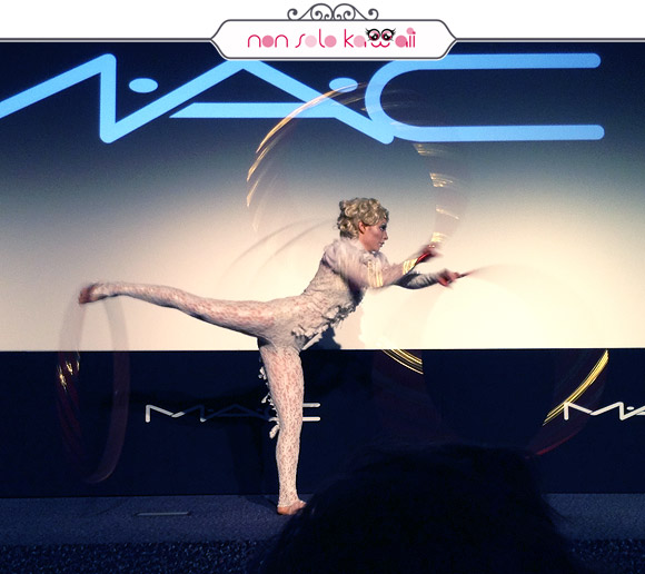 Photo: non solo Kawaii | M·A·C Cosmetics + Cirque du Soleil, Cinema Arcobaleno