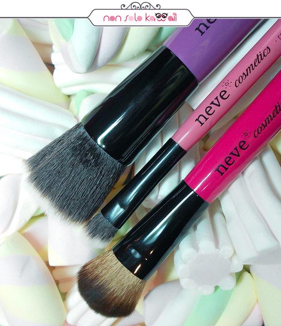 Neve Cosmetics - Glossy Artist: Purple Flat, Magenta Sculpt, Rose Angled