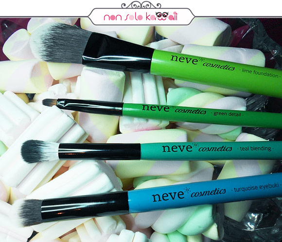 Neve Cosmetics - Glossy Artist: Lime Foundation, Green Detail, Teal Blending, Turquoise Eyebuki