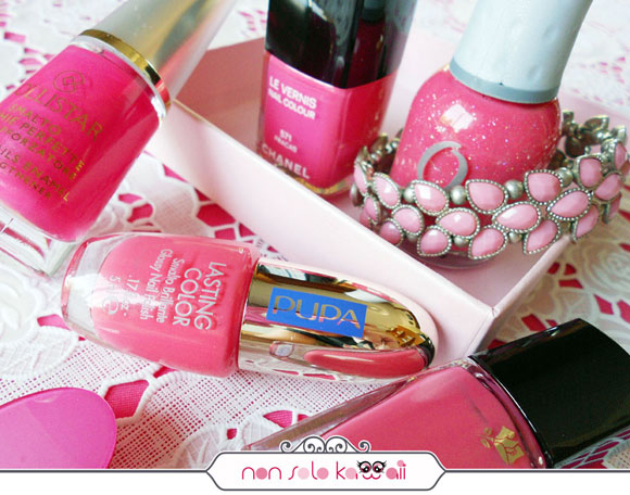 smalti rosa corallo, coral pink nail polishes