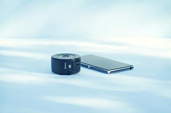 Lens style Camera | Cyber-shot™ DSC-QX100, DSC-QX10 | Sony