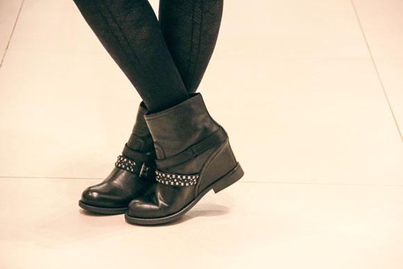 negozio Geox con la collezione autunno inverno 2013 2014 di stivali, boots, tronchetti, bikers, ankle boot