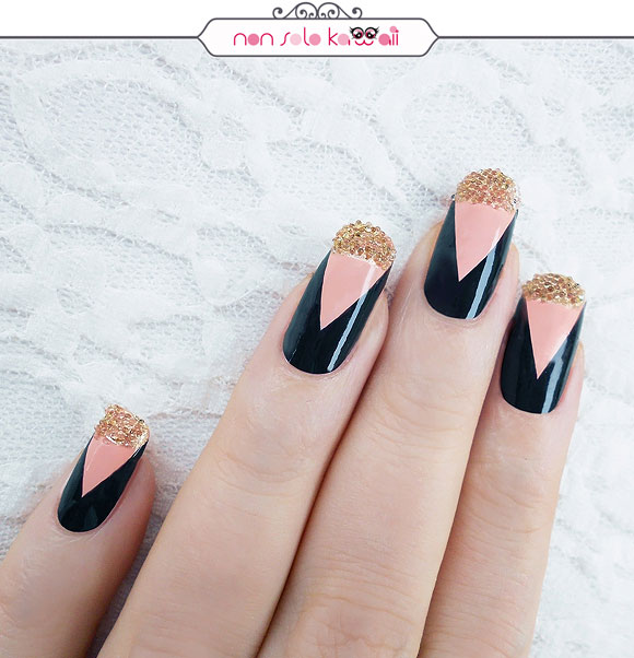 non solo Kawaii - Nail Arts for Grazia.it, Deep V