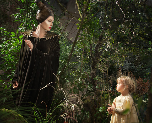 Maleficent, Walt Disney Pictures -  Angelina Jolie as Maleficent & Elle Fanning as Princess Aurora / Briar Rose