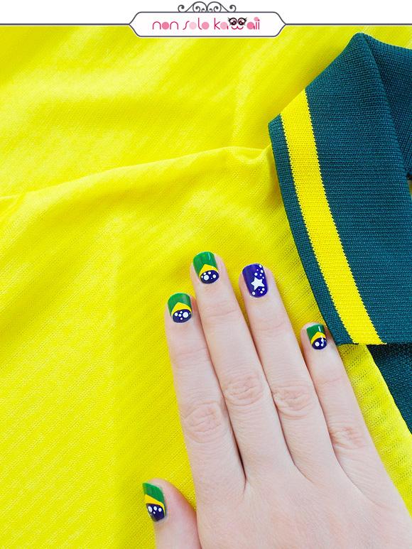 non solo Kawaii per Collistar: Brazil's Flag Nail Art