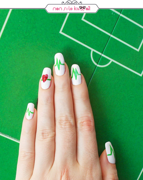 non solo Kawaii per Collistar: Italian Heart Beats Nail Art