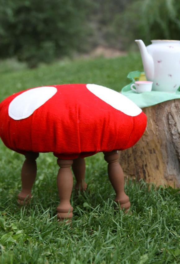 Focus on: Mushrooms & DIY, Funghi, Funghetti e Fai da te - Stool Sgabello