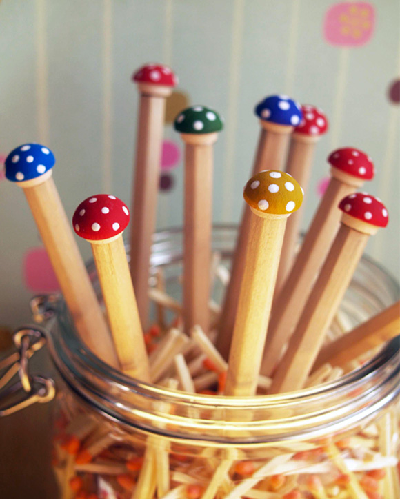 Focus on: Mushrooms & DIY, Funghi, Funghetti e Fai da te - Pencils matite