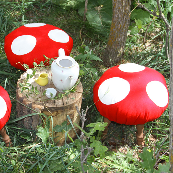 Focus on: Mushrooms & DIY, Funghi, Funghetti e Fai da te - Stool Sgabello
