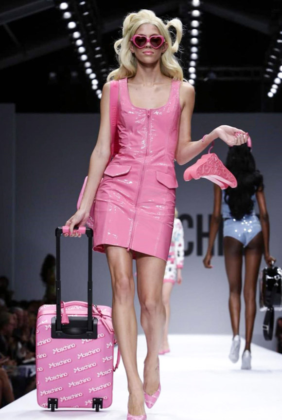 Moschino - Think Pink, Spring Summer Collection 2015