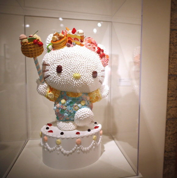 Osamu Watanabe - Hello! Exploring the Supercute World of Hello Kitty, 40th anniversary - LA's Japanese American National Museum