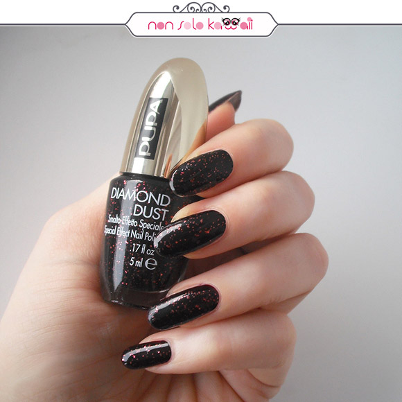 non solo Kawaii - Stay Gold! Diamond Dust Glowing Black as Top Coat