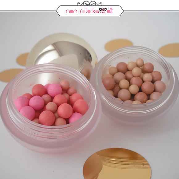 non solo Kawaii - Pupa Dot Shock, Dot Shock! Blush 001 Dot Macarones, Dot Shock! Highliter 001 Dot Sunshine