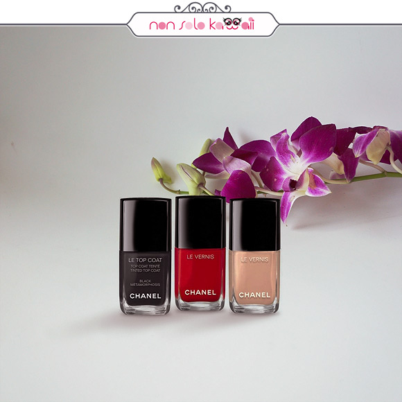 non solo Kawaii - Chanel Coco Code Le Vernis black métamorphosis, 546 rouge red, 556 beige beige
